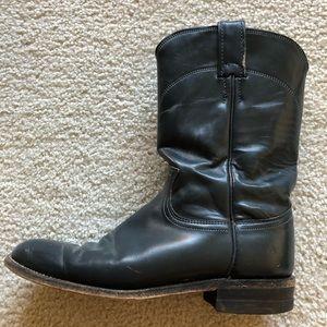 Women's Cowboy Boots.